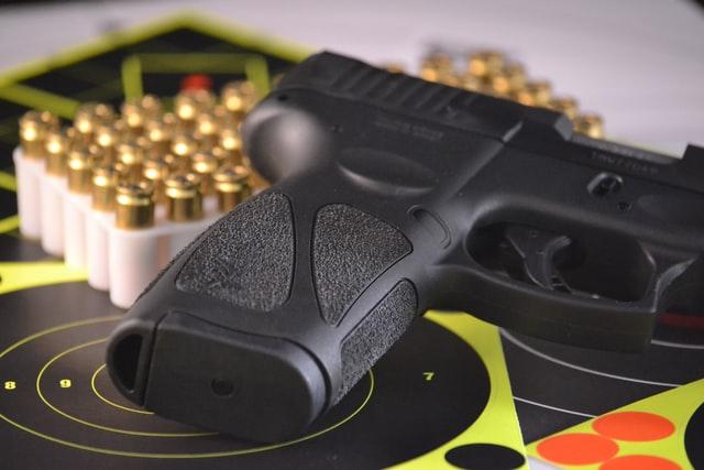 アメリカの駐在員は銃は買えるのかどうか調べてみたら?予想外の結果に。。