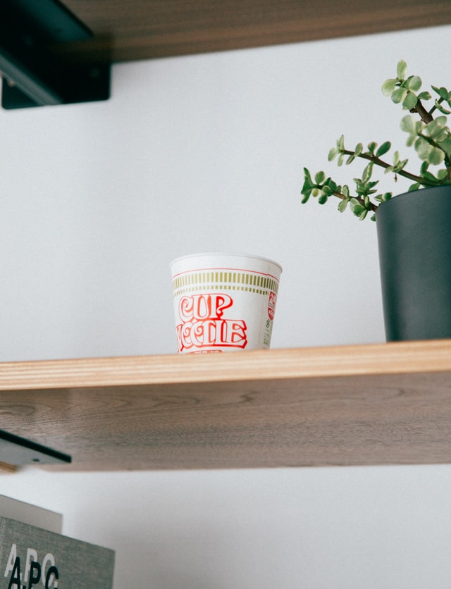 [朗報]日清のカップヌードルがアメリカのウォルマートで販売されていた!!